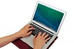 베어월즈코리아가 노트북파우치와 스탠드 거치대 기능을 하나에 담은 스탠드파우치-세띠를 출시했다.