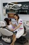 치아교정 상담 중인 매직키스치과의 정유미 대표원장