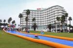 서귀포 KAL호텔에서 본격적인 여름휴가철을 맞이해 투숙객 대상 '고객 환대 프로그램'을 선보인다.