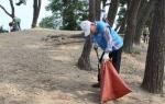 안산시자원봉사센터가 대부도 환경정화를 실시했다.
