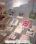 스웨덴 행주 스칸맘이 유럽 주방 명품 편집숍 라비옹퀴진 내부에 전시되어 있다.