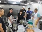 야마토코리아는 가락동에 위치한 드림스튜디오 서울에서 미니 면학교를 열고 오는 9월 19일과 20일 이틀에 걸쳐 일본 우동 강습과 돈코츠라멘 강습을 각각 실시한다.
