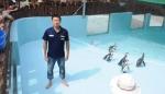 삼정더파크 동물원 홍보팀 박영호 직원이 펭귄사에서 아이스버킷에 성공했다.