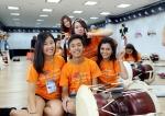 여성가족부와 한국청소년단체협의회가 개최하는 제25회 국제청소년포럼이 서울 및 무주 태권도에서 열리고 있는 가운데, 24일 참가국 대학생들이 국악체험을 하고 있다.