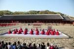 한국문화재단이 종묘 정전에서 국내 최초 종묘제례악 야간 공연을 진행한다.