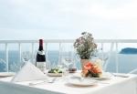 KAL호텔은 결혼기념일, 생일, 프로포즈 등 특정 기념일을 위한 이벤트를 원하는 고객 대상으로 특별 이벤트 상품을 선보인다.