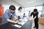 동명대의 BIM건축사업단은 전국 대학 최초로 슈퍼컴퓨팅 가상화 시스템을 도입하여 전국에서 유일하게 BIM분야로 특성화를 통하여 동남권의 BIM 사업을 선도할 전문인력을 양성하겠다는 계획을 추진한다.
