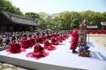 종묘제례악 야간 공연이 26일부터 28일까지 3일간 종묘 정전에서 국내 최초로 열린다.