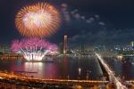 지난 2013년(2013년 10월 5일,토) 개최된 한화와 함께하는 서울세계불꽃축제에서 펼쳐진 화려한 불꽃쇼 장면들