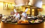 이비스 앰배서더 서울 강남의 라따블 레스토랑에서는 10월 31일까지 디너 식사권을 특별한 가격에 판매 한다.