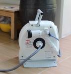 실내에서 화초를 키울 경우, 오염 물질을 흡수하고 산소를 배출시켜 공기를 정화시키는 역할을 톡톡히 한다.