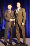 SK텔레콤의 신홍석 매니저가  미국 샌프란시스코에서 9일(현지시각) 열린 'Wi-Fi 인더스트리 어워드(Wi-Fi Industry Award)' 에서 '차세대 Wi-Fi 선도사업자부문(Best Next Generation Hotspot Initiative) 최고상'을 수상 받고 있다.