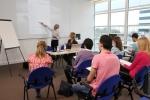 예스유학원에서는 미국 명문 어학원 스타강사출신 Gerry Reissman과 함께 영어 잘하는 방법을 전해들을 수 있는 강의 시간을 준비했다