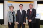 어데어 폭스-마틴 SAP APJ 회장, 퀙 스위 콴 싱가포르개발은행 부사장, 롭 엔슬린 SAP SE 글로벌 오퍼레이션 사장