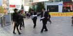금융소비자연맹은 생보사들의 채무부존재소송에 공동대응하기로 하고, 서울역 광장에서 생명보험 상품 불매운동 가두 캠페인을 전개했다.