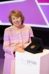 세계적인 교육상인 와이즈 교육상의 2014년 수상자로 Camfed (Campaign for Female Education)의 설립자 겸 대표인 앤 코튼 (Ms Ann Cotton)이 선정됐다.