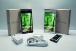 갤럭시 노트4가 한국을 비롯해 미국, 영국, 러시아 등 총 4개국에서 친환경 인증을 획득했으며, 갤럭시 노트 엣지 일본에서 인증을 획득했다. 사진은 한국에서는 스마트폰 최초로 한국환경산업기술원으로부터 저탄소제품 인증을 받은 갤럭시 노트4 제품 사진