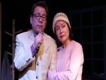 연극 행복전도사 박달재에서 열연하고 있는 탤런트 안경경과 하미혜