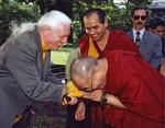 저자 라마 글렌 멀린과 제 14대 달라이 라마 뗀진 가쵸
