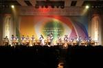 SDA삼육어학원 제주학원(원장 박진수)이 주관하는 국제문화알림이 가온누리가 26일 참사랑실천학부모회주관으로 열린 참스승상 시상식과 고3 수험생을 위한 희망콘서트에서 오프닝 공연을 펼쳤다.