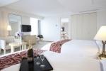 서귀포KAL호텔은 겨울시즌을 맞이해 대한항공 스카이패스 회원 대상으로 마일로 호텔로 테마별 스위트룸 패키지를 2014년 12월 31일까지 새롭게 선보인다.