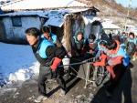 대우건설 임직원들이 오늘 서울 노원구 104마을에서 사랑의 연탄나눔 봉사활동을 실시했다