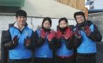 한국교직원공제회 2014년 하반기 공채 신입사원들이 지난 17일, 경기도 구리시 갈매동 일대에서 사랑의 연탄나눔 봉사활동을 펼치며 사회에서의 의미 있는 첫 걸음을 내디뎠다.