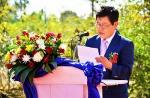 라오스 최초로 한국 기업이름을 딴 서동도로를 조성한 주식회사 서동 홍단표 대표가 교통부차관 등 내외빈이 참석한 가운데 개통 인사말을 건네고 있다.