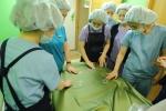 원진성형외과는 집도의 간호사 대상 위생검사를 실시했다.