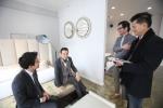 이재연 모델라인 회장은 리스톤 돌침대 디자인을 극찬했다.