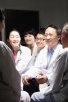 건국대학교병원 대장암센터(사진 센터장 황대용)가 최근 의사와 환자 간 대화창구인 대장암정(情)담회 100회를 넘기며, 환자와의 소통에 앞장서고 있다.