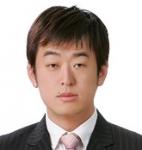 대치동 신우성학원에서 수학 잘 하는 아이, 수학 못하는 아이를 주제로 특강을 하는 김주열 선생