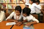 미얀마 쉐비다 제17초·중학교 학생들에게 도서관이 생겼다.
