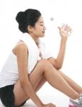 365mc비만클리닉 산하 식이영양상담센터가 20~30대 여성 170명을 대상으로 다이어트 시 물 섭취 중요성에 대한 인식도 및 실천율을 조사한 결과, 전체 참가자의 95%(162명)가 다이어트 중 물 섭취는 중요하다고 응답한 반면, 실제로 성인 하루 섭취 권장량인 1.5L의 물을 마신다고 답한 응답자는 전체 17%(29명)로 높은 인식도에 비해 실천율은 극히 낮은 것으로 나타났다.