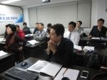 지난 1월 말에 개강한 제3차 정책자금 컨설턴트 양성교육과정에서 예비 전문위원님들의 뜨거운 열정으로 꽉 채워진 (사)한국기술개발협회 교육장의 모습