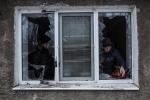우크라이나 도네츠크 지역, 폭격으로 피해를 입은 주민들(사진 저작권 표기 ⓒManu Brabo)