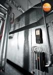 테스토 고정밀 측정기 testo 480으로 차압을 측정하는 모습