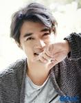 배우 안재욱과 그의 공식 팬클럽 Forever가 저소득층 환자 치료비 지원을 위해 고려대의료원에 1천 5백여만원을 기부한 소식이 알려졌다.