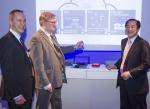LG유플러스 이상철 부회장(우측 첫번째)과 노키아 경영진이 양사간 기술협력 방안을 논의하고 있다.