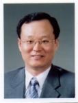 건국대학교 동물생명과학대학 김진만 교수(축산식품공학과)가 한국유산균학회 신임 학회장에 선출됐다.