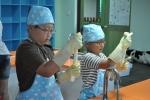 맹골치즈마을에서는 직접 치즈도 만들고, 요거트와 아이스크림 만들기 체험이 가능하다