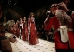 영국을 대표하는 럭셔리 브랜드 버버리가 엔터테인먼트의 심장부인 미국 LA 그리피스 천문대에서 행사를 주최하였다.