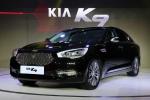 기아자동차는 2015 상하이 국제모터쇼 언론공개일 행사에서 신형 K5를 중국에 최초 공개하고 프리미엄 대형 세단 K9을 중국 시장에 출시했다