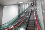 대구도시철도 3호선 신남역에서 운행을 시작한 국내 최장 에스컬레이터. 현대엘리베이터가 설치한 길이 57m 의 에스컬레이터는 지하 3층과 지상 2층 모노레일 승강장을 논스톱(Non-Stop)으로 연결한다.