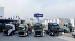 볼보트럭코리아는 유로 6 모델의 국내 공식 런칭 이후 높아진 품질과 성능 및 다양한 첨단 편의사양 등으로 국내 고객들 사이에서 선풍적인 인기몰이를 하며 판매 호조를 이어나가고 있다. 사진은 지난 3월 런칭행사를 통해 공개된 볼보트럭 유로 6 모델들의 모습
