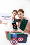 KT는 삼성전자의 갤럭시S6 시리즈 신규 색상을 전국 올레 매장과 올레샵을 통해 18일부터 출시하고 구매 고객을 위한 다양한 경품 행사를 진행한다