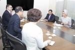 셰이카 모자 이사장은 국내 최대 연구개발(R&D) 재단인 특구재단의 김차동 이사장과 만나 카타르 과학기술단지(Qatar Science & Technology Park, QSTP)와 특구재단이 협력할 수 있는 방안에 대해 논의했다.
