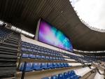 파나소닉이 멕시코 시티 아즈테카 경기장에 한 쌍의 220m2 LED 스크린 디스플레이를 설치했다.