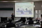 삼화페인트 허성 사장이 한국생산성학회 춘계학술대회에서 다운타임관리로  생산성 향상에 성공한 분체 도료 생산사례에 대해 발표하고 있다.