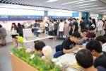 코리아텍은 6월 15일(월)~18일(목)까지 학생들에게 천 원의 아침식사를 제공하고 있다. 15일(월) 아침 학생식당에서 배식을 받는 학생들 모습